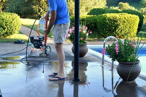 rénover sa piscine dans les meilleures conditions.