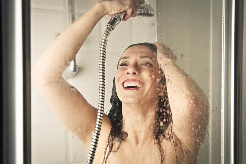 avantages d'utiliser la douchette à économie d'eau